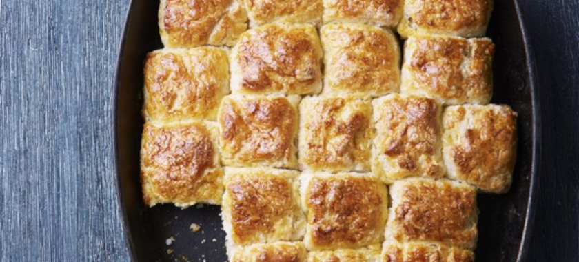 10 Days of Thanksgiving: The Side Dish: Buttermilk Biscuits